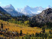 団塊夫婦の2017年アメリカ国立公園ドライブ旅行ー(14)イースタンシエラに潜む紅葉を訪ねて(その3):紅葉のベストスポット・ビショップクリークキャニオンへ
