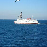 秋晴れの東京湾横断の船旅