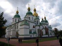 キエフ4日間 修道院とソ連時代悲劇〜チェルノブイリ博物館とバービ・ヤール