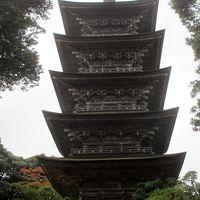 風格が漂う妙成寺の五重の塔
