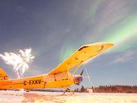 飛行機と花火とオーロラ@Yellowknife