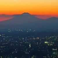横浜-10 富士山 残照*日没から夕暮 ☆地上273m眺望=スカイガーデン