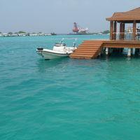 貧乏旅行でモルディブのローカル・アイランド、ホッピング!フルレ島(空港)〜マーフシ島へ。