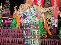 タイ・イサーンと南部ベトナムの旅(10)         歌謡ショーの締めはノックノーイ・ウライポン率いるシアン・イサン。