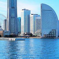 横浜港-3 ‐横浜消防出初式‐ 一斉放水を見学 ☆現場は遠く、迫力今一つ