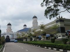 マレーシア 「行った所・見た所」 ジョホールバル(サルタン王宮・アブバカールモスクを見てスラウギャレリアコタラヤショッピングセンターに)