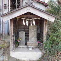 新羽町中央の庚申堂