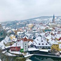 中欧3ヶ国:久遠の時を感じる旅♪♪チェコプラハ〜世界で最も美しい街といわれる「チェスキークルムロフ」中世の時を感じる旧市街のレトロな宿に泊まって..眠れる森の美女を想う☆第1章