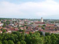 春のポーランド・リトアニア・ラトビア三国巡り その10 雨上がりのヴィリニュスの街をお散歩してホテルに戻ったら…!?