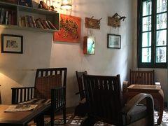初めてのハノイ�カフェ〜ロータス人形劇〜スーパーめぐり。お土産など。