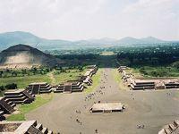 アステカとマヤの遺跡を巡るメキシコの旅1=1998年8月(ティオティワカン)