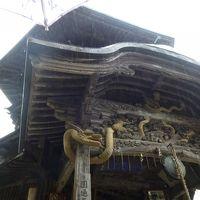 台風接近中、念願のさざえ堂と吹雪の露天風呂 in 会津