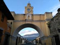 グアテマラ・アンティグアの歴史地区で世界遺産巡り