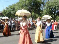 団塊夫婦5回目の世界一周絶景の旅—フランス編(4)気品ある美しさにうっとり・アルル衣装祭