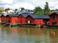 ポルヴォーの赤い倉庫群とルーネベリタルト  < 白夜のフィンランド旅 5日目その1 >