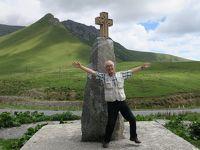 コーカサス旅日記(Day 5: ロシア国境の町カズベキ山麓へ)
