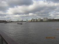 イギリスの3日間(48)グリニッジを下ってテームズ川へ。