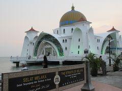 美しいマラッカ Floating Mosque(マラッカ海峡モスク)とスイーツ。