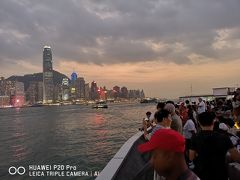 【週末+α香港一人旅2】週末のシンフォニー・オブ・ライツ、人多すぎ!