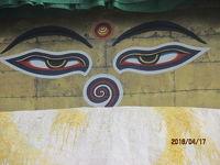 The Third Eye カトマンズへの道(28)第三の目に見送られ、山頂寺院を下山する。