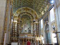 ノッサ・セニョーラ・ダ・ナザレ教会に参拝。ナザレのシティオ地区にある教会です。