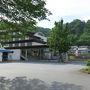 猿橋駅には7:20着。 梁川駅よりも大きいとは言え、隣の大月駅に比べればかなり小さい。