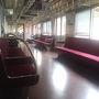 ●車内@近鉄藤井寺駅行電車  藤井寺に到着する直前、電車はガラガラになりました。 この車両、貸し切り!
