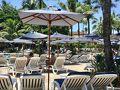 【サンパウロのグァルジャ—海岸のカーザ・ジ・グランジ・ホテル(大きなホテル)】  今は、真夏なんです。