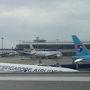 1日目  今回も、奥のワンワールドを浮気して、手前のシンガポール航空で旅立ちです。  セントレア 10:30 - SQ671 - 16:20 チャンギ