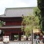 増上寺、三解脱門。 むさぼり、いかり、おろかさを解脱する門。