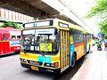 【2日目】 ドンムアンからバンコク市内への移動はバスが便利。 A1に乗れば、BTS(スカイトレイン)モーチット駅まで30分くらい。 ターミナル1から乗ると空いています。 ターミナル2からたくさんの人が乗ってきます。