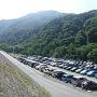 早朝都内を出発して10:00前に戸台に到着。駐車場はほぼ満車で何とか駐車スペースを見つけられるくらいでした。南アも最近は本当に人気です。