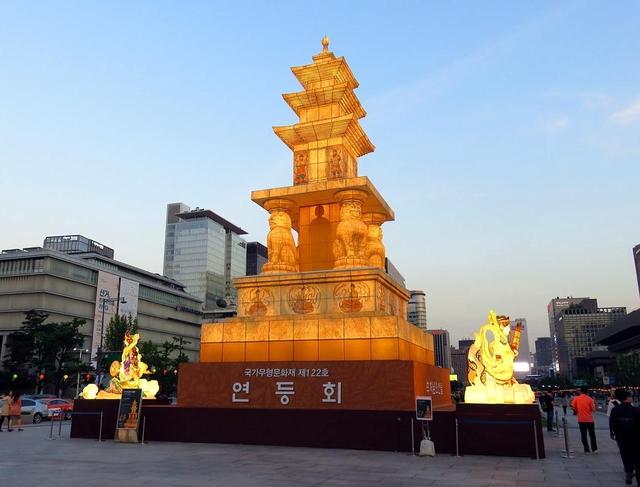 光化門広場(クァンファムンクァンジャン)