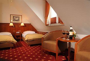 ホテル ハンセアティッシャー ホフ 写真