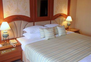 チェンマイ プラザ ホテル 写真