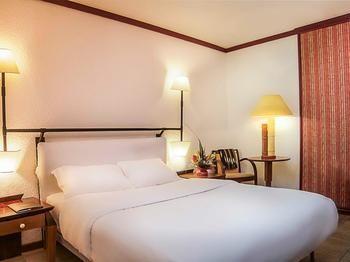 ドゥアラ ラビンガ ホテル 写真