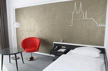 セナーツ ホテル ケルン 写真