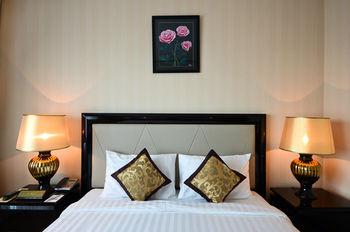 リバー パレス ホテル & スパ 写真