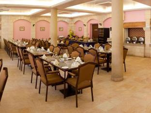 Petra Guest House Hotel 写真