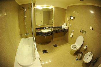 チャタウラ パーク ホテル 写真