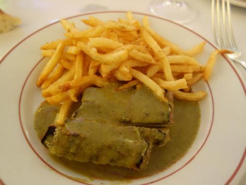 パリを歩く(5.4) 今日のランチはサン・ジェルマンンのステーキです。