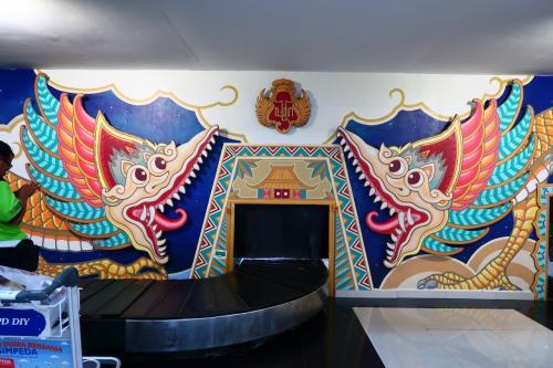 1歳4か月の娘と旧正月インドネシア07★ガルーダインドネシア国内線利用 ジャカルタからジョグジャカルタへ そしてタクシーでホテルまで ~The Phoenix Hotel Yogyakarta~