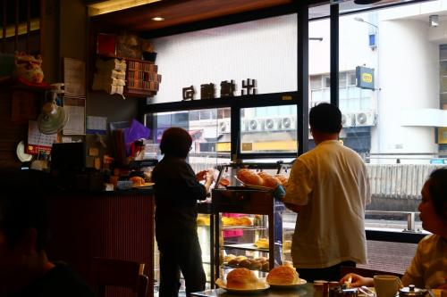 香港★荃灣日記 パイナップルパン食べにお出かけ ~荃富街花園・紅茶冰室・賽馬會徳華公園~
