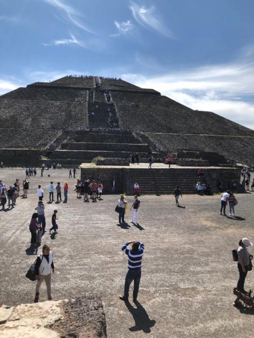 初めてのメキシコシティ (中)  テオティワカン遺跡