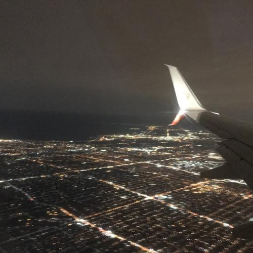 夜中着~レンタカー~ナイアガラフォールズへ