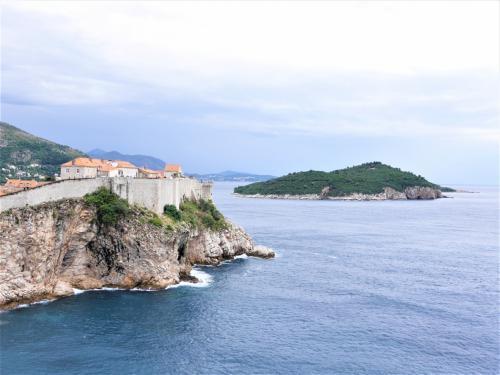 秋のクロアチア等 4ヵ国周遊個人旅行1.出発~ドブロブニク(前) 城壁巡り、旧市街散策