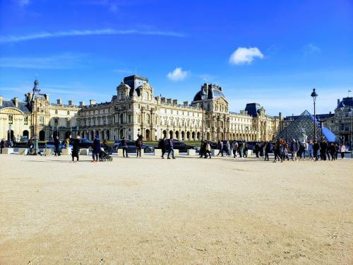 パリへの道のりは遠い3日目 恐るべしルーブル美術館②とマレ地区へ