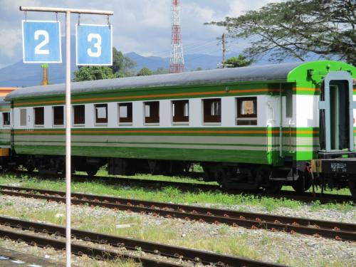 【日本製の超旧型客車が2020年の今も現役!】タイ南部 への鉄道旅 快速夜行からのタイ南部封じ込め運用の旧型客車旅