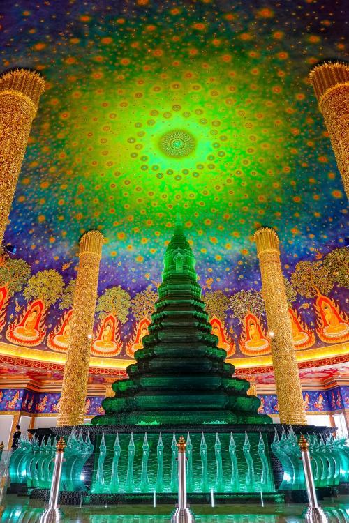 バンコクの観光地は今どうなっているのか? ワット・パクナームを偵察