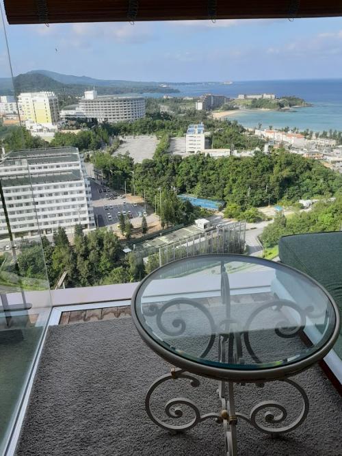 JALどこかにマイルで沖縄へ③ マリオット エグゼクティブフロアを楽しみます。